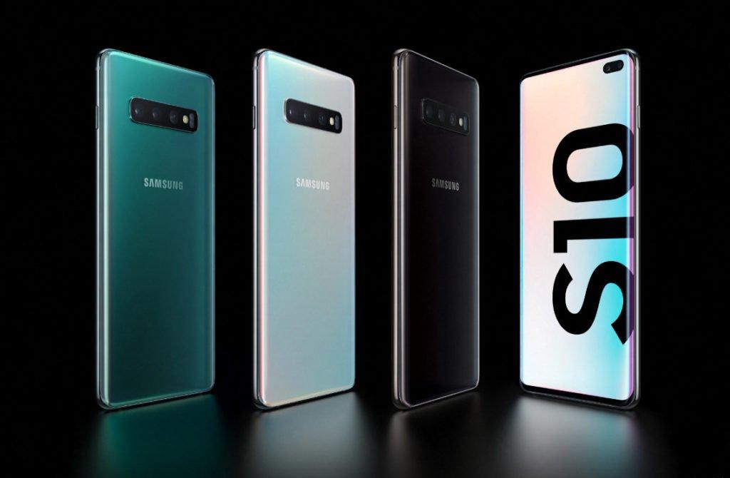 Samsung Galaxy S10 значительно подешевел