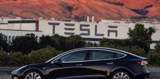 Tesla не вистачає грошей на розвиток: Ілон Маск вклав власні 10 млн доларів - today.ua
