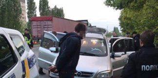 """На Миколаївщині затримали рецидивістів, які викрадали термінали iBox з магазинів """" - today.ua"""