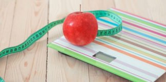 Вчені розповіли, як регулярне зважування допомагає схуднути - today.ua