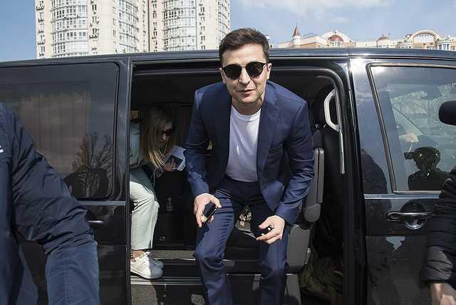 """Зеленський пообіцяв зробити в Україні """"дзеркальні"""" дороги - today.ua"""