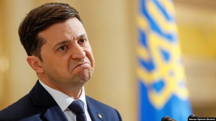 За день петиція про відставку Зеленського зібрала майже 15 тисяч підписів - today.ua