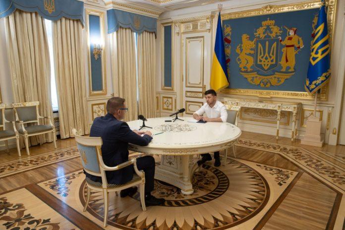 Зеленский требует от СБУ за две недели разобраться с контрабандой - today.ua