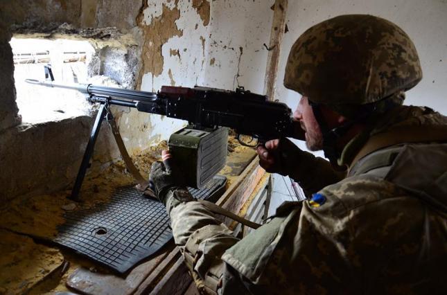 Бойовики на Донбасі 15 разів обстріляли позиції ЗСУ - today.ua