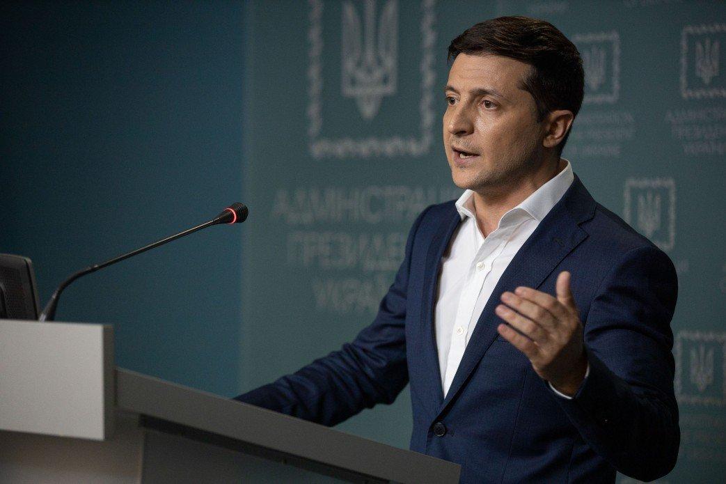 """""""Мы такие разные"""": Зеленский записал важное видеообращение к украинцам  - today.ua"""