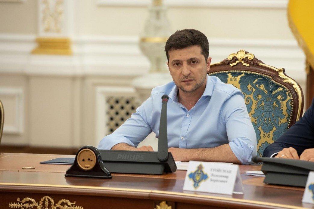 Зеленский расширил штат АП - today.ua