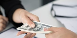 ПриватБанк вводит упрощенную процедуру кредитования для предпринимателей: все подробности - today.ua