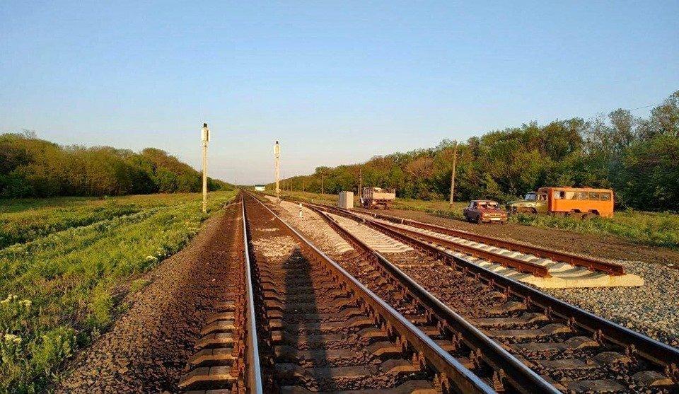 """""""Укрзалізниця"""" будує залізничну колію на Донбасі в напрямку Маріуполя - today.ua"""