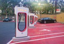 Tesla обмежила зарядку батарей до 80%: названо причину - today.ua