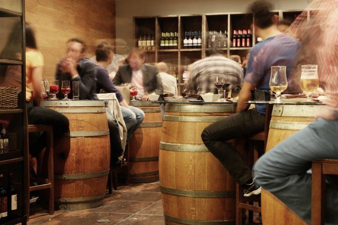 В Україні знову може подорожчати алкоголь - today.ua