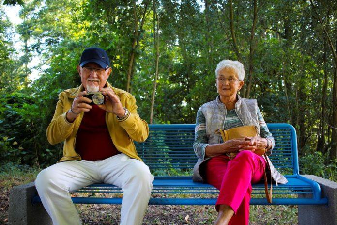 Налог на автомобиль для пенсионера в москве