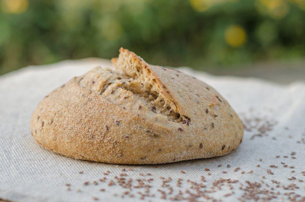 Дієтологи розповіли, який хліб можна їсти під час схуднення