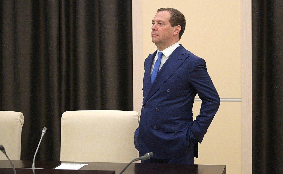 Медведев прокоментировал исключение Медведчука из числа переговорщиков с Россией - today.ua