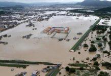 У Росії ціле місто пішло під воду: опубліковано відео руйнівної повені - today.ua
