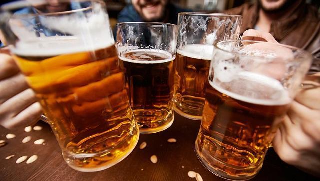 Комаровський порадив українцям робити запаси пива під час карантину - today.ua