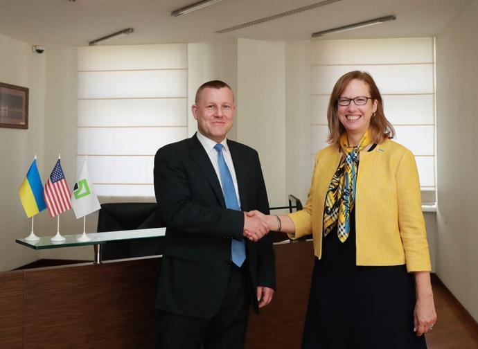 ПриватБанк подякував США за підтримку його стратегічного курсу - today.ua