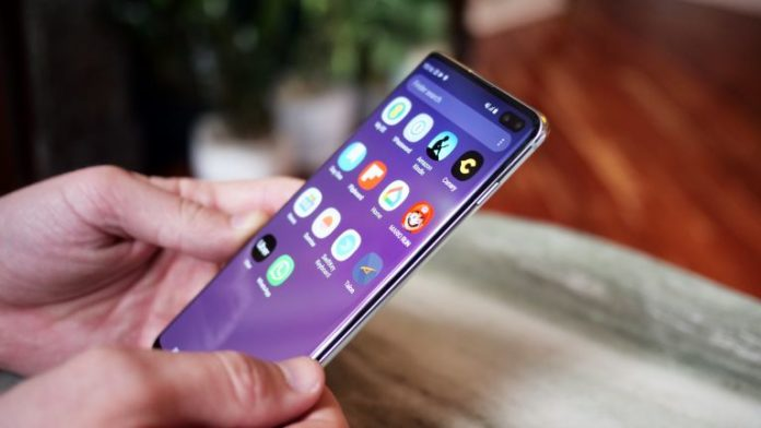 Samsung Galaxy S11 вразив незвичним дизайном - today.ua