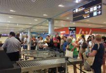 """Скандал в аеропорту """"Бориспіль"""": пасажири заблокували термінал через затримку рейсу - today.ua"""