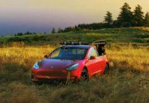 Tesla показала свій перший пікап: опубліковано відео - today.ua