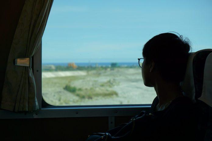 """Половина поездов &quotУкрзализныци"""" курсируют в направлении курортов - today.ua"""