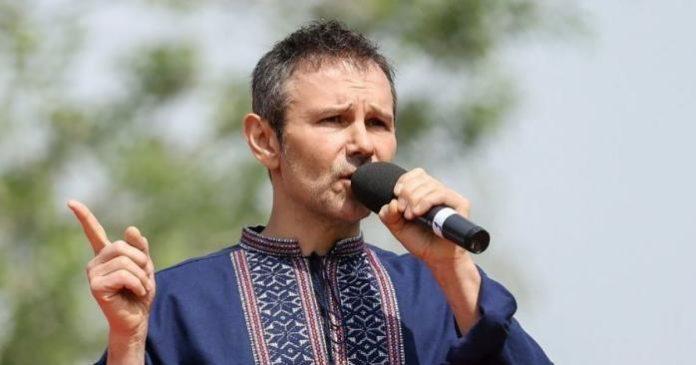"""&quotДля мене справді є різниця"""": Вакарчук записал стихи в ответ на скандальное новогоднее поздравление Зеленского - today.ua"""