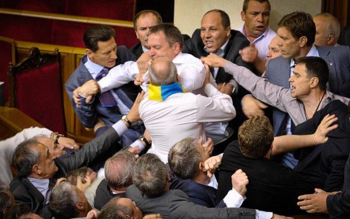 В Верховную Раду проходят шесть партий: опубликованы свежие рейтинги - today.ua