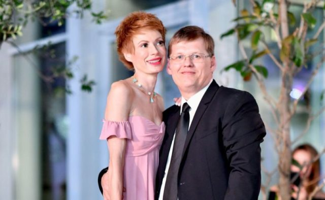 """&quotКричу на весь мир"""": известная телеведущая поделилась романтичными фото с Розенко - today.ua"""