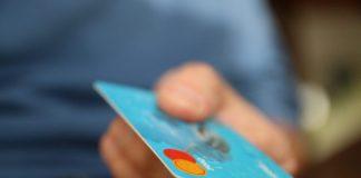 """""""Припиняйте свинство!"""": ПриватБанк нараховує клієнтам непрохані кредитні ліміти - today.ua"""