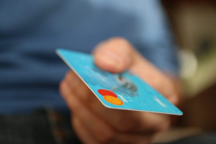 """&quotПрипиняйте свинство!"""": ПриватБанк нараховує клієнтам непрохані кредитні ліміти - today.ua"""