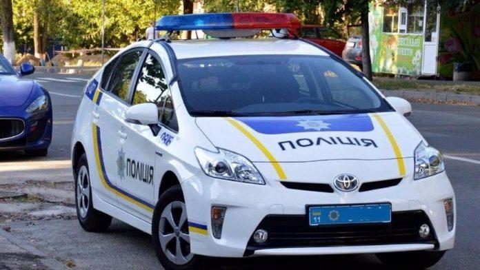 Использовали вместо такси: Вызвали копов и угнали полицейское авто - today.ua