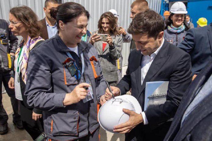 Зеленский открыл Чернобыльскую зону для туристов - today.ua