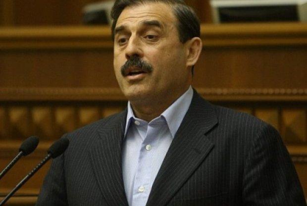 Массовый подкуп избирателей: под Одессой раздают по 500 гривен
