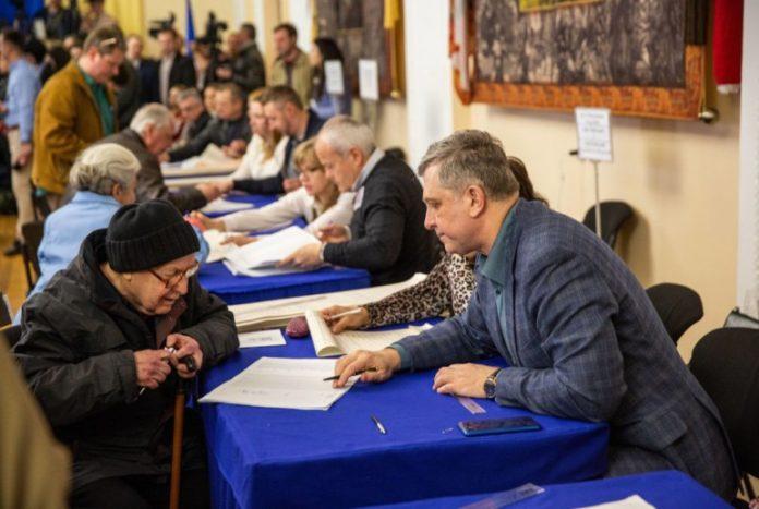 """&quotЭто настоящая революция"""":  ЦИК впервые обнародовала фото всех мажоритарщиков - today.ua"""