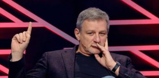 """""""Не годувати мух"""": журналіст закликав Зеленського скасувати фінансування партій з держбюджету"""" - today.ua"""