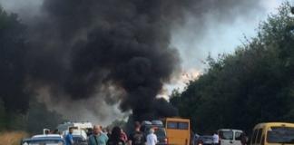 Все в диму: момент страшної аварії на Полтавщині потрапив на відео - today.ua