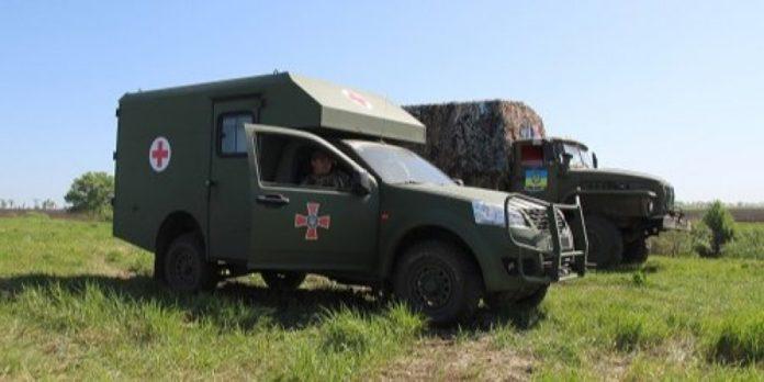"""&quotВсе одно, що нападати зі спини"""": в РНБО прокоментували розстріл санітарного авто на Донбасі - today.ua"""