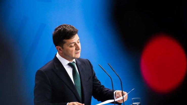Без паперової тяганини і хабарів: Зеленський підписав указ про створення е-реєстру послуг  - today.ua