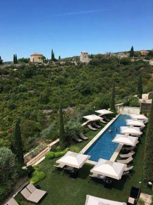 Луценка застукали на елітному курорті у Франції