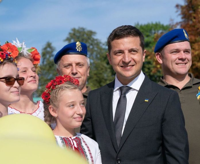 """&quotЗе-парад и Марш националистов"""": как в столице начался День Независимости - today.ua"""