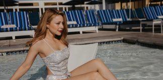 В купальнику з блискітками: Тіна Кароль вразила шанувальників відвертим образом - today.ua