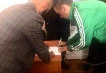 """""""Стріляв, щоб зупинити рух машин, в людей не цілився"""": адвокат Масі Найєм зустрівся з мінером мосту - today.ua"""