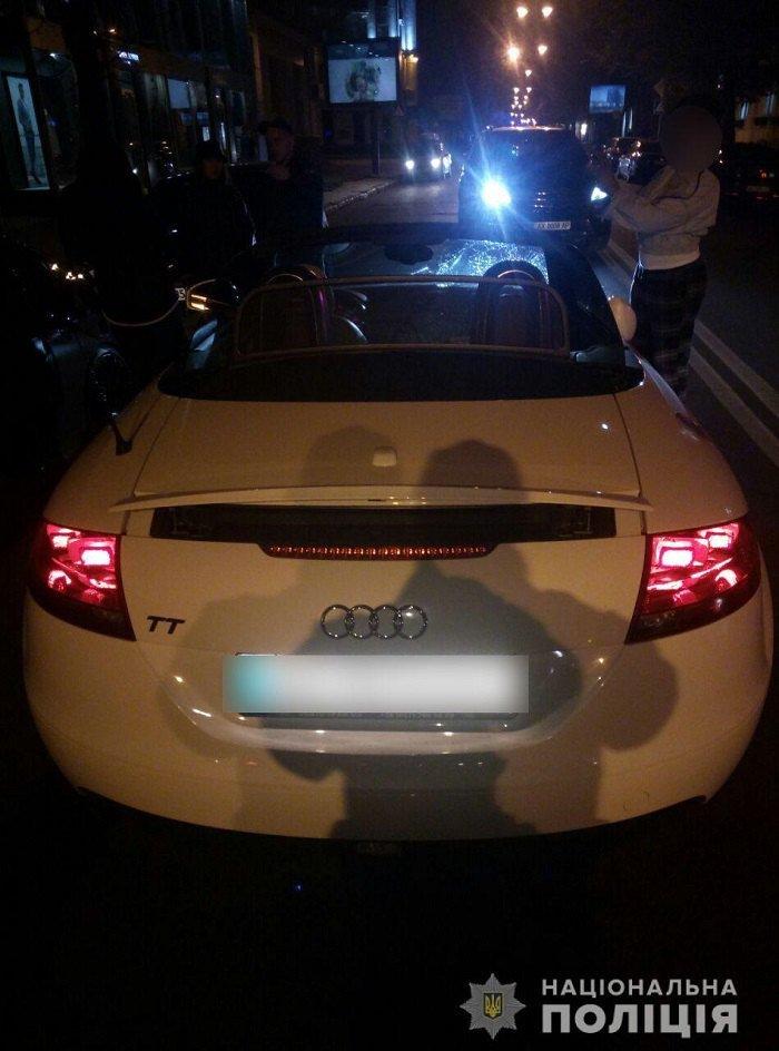 Еще одна «Зайцева» за рулем Audi TT Cabriolet сбила четырех пешеходов на тротуаре