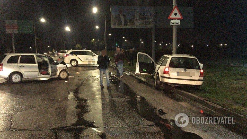 П'яний коп на Volkswagen Golf влаштував ДТП під Дніпром: є постраждалі