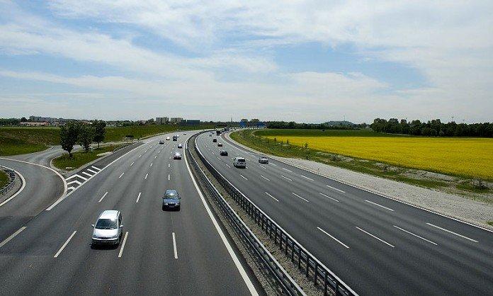 Основную украинскую трассу превращают в автобан: на ремонт выделили 900 млн евро - today.ua
