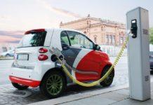 """""""Зелені номери та окрема смуга"""": які нововведення підготували для власників електромобілів - today.ua"""