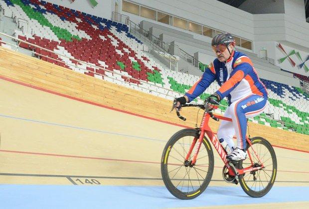 """&quotВсе зіпсував!"""": Лукашенко відмовився їздити на роботу на велосипеді через Зеленського - today.ua"""