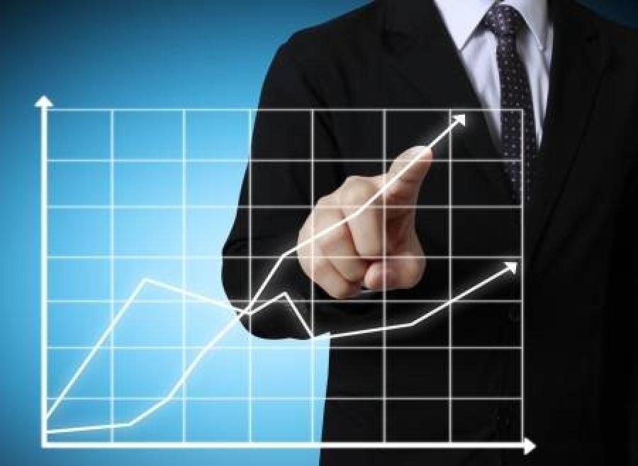 Мінімальна зарплата у 2021 році: чи зможе Кабмін виконати обіцяне