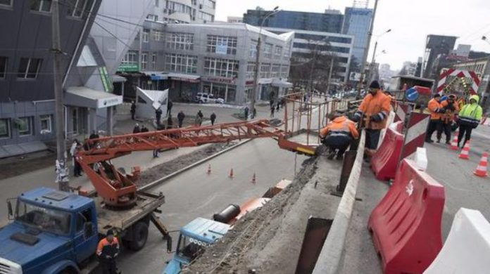 Реконструкція Шулявського мосту зупинена: що відомо - today.ua