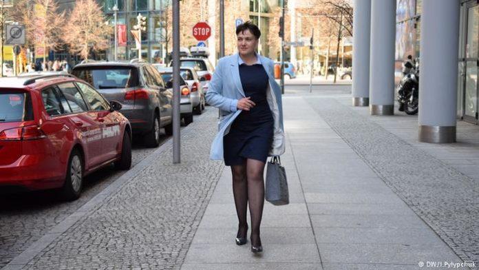 """""""Шукаю роботу"""": Савченко звернулася за допомогою у Центр зайнятості"""