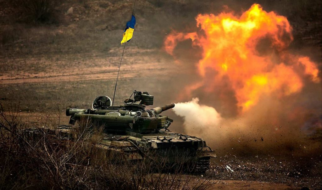 В сеть попало видео сокрушительного удара ВСУ по позициям боевиков на Донбассе - today.ua